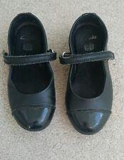 Girls childs infant Clarks Black leather School Shoes Girls 8.5 G 1/2