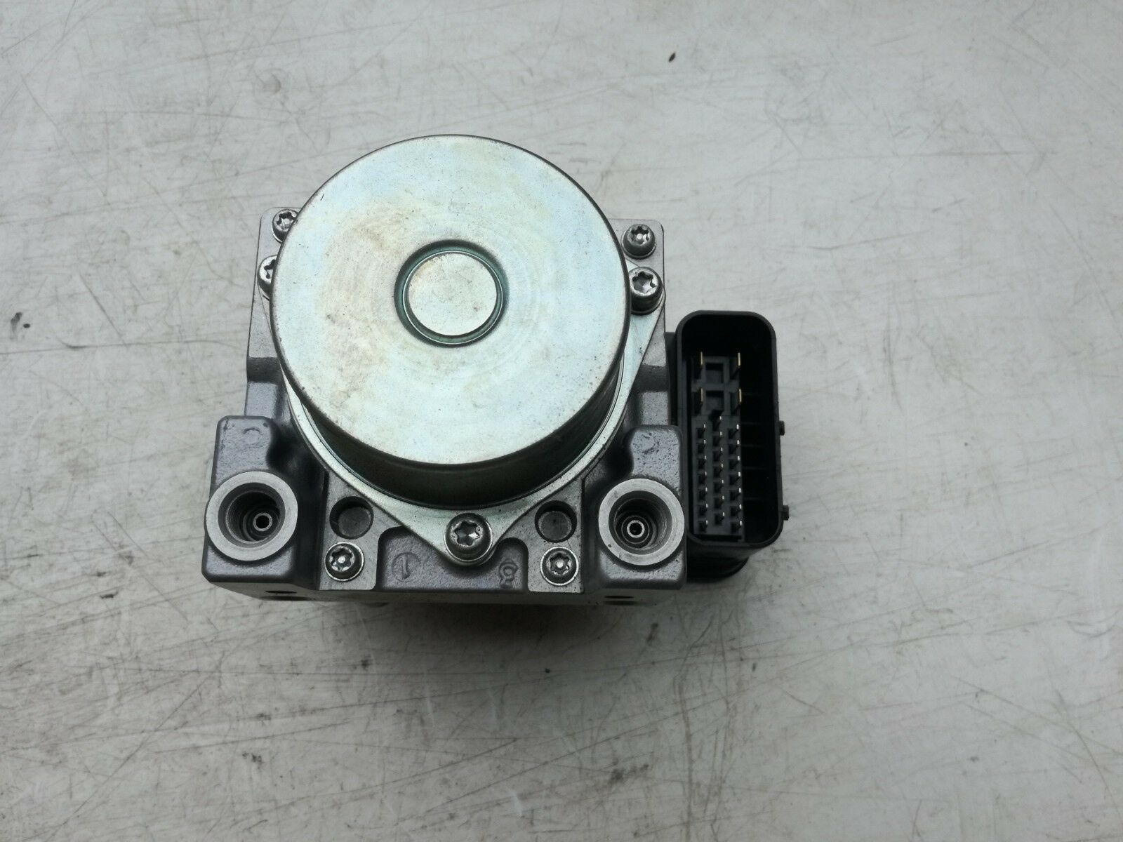 SUZUKI GLADIUS SFV650 ABS 2014 ABS PUMP BRAKE PUMP MODULE