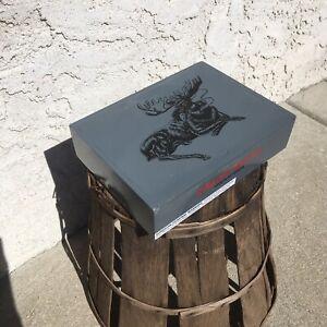 Chillin-Moose-Vazio-De-Madeira-Cigar-Box-10x6-5x2-5