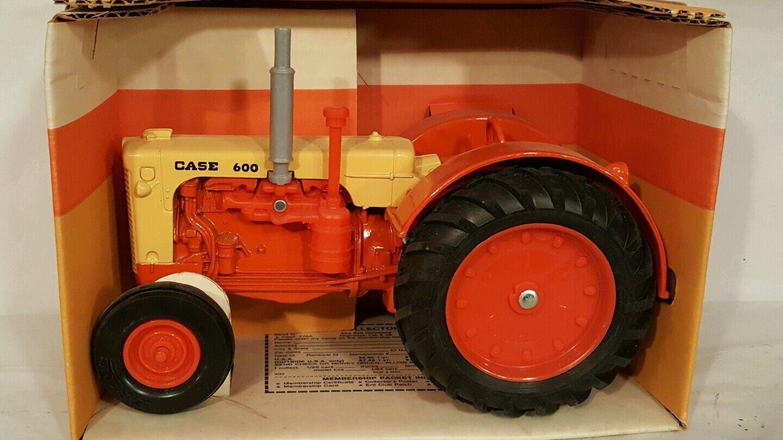 Ertl Case 600 1 16 diecast farm tractor replica replica replica collectible 0b8ad1