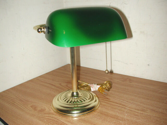 Traditional Br Banker S Desk Lamp With Green Gl Shade