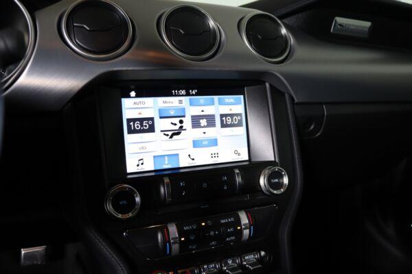 Ford Mustang 5,0 V8 GT Fastback billede 11