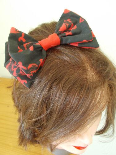 SKULL CROSS BONES BIG BOW BLACK WHITE RED HAIR CLIP EMO SCENE GOTH BARRETTE