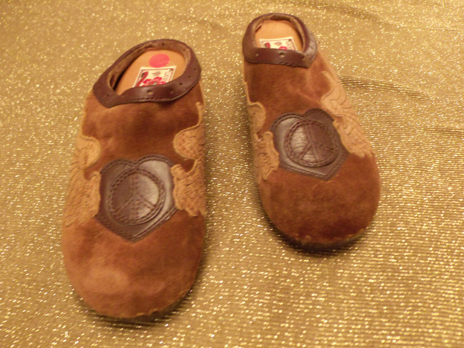 LUCKY Size BRAND Fable Clogs Brown Size LUCKY 7 / 37 Womens Peace Love Wings Mules Shoes 65e29b