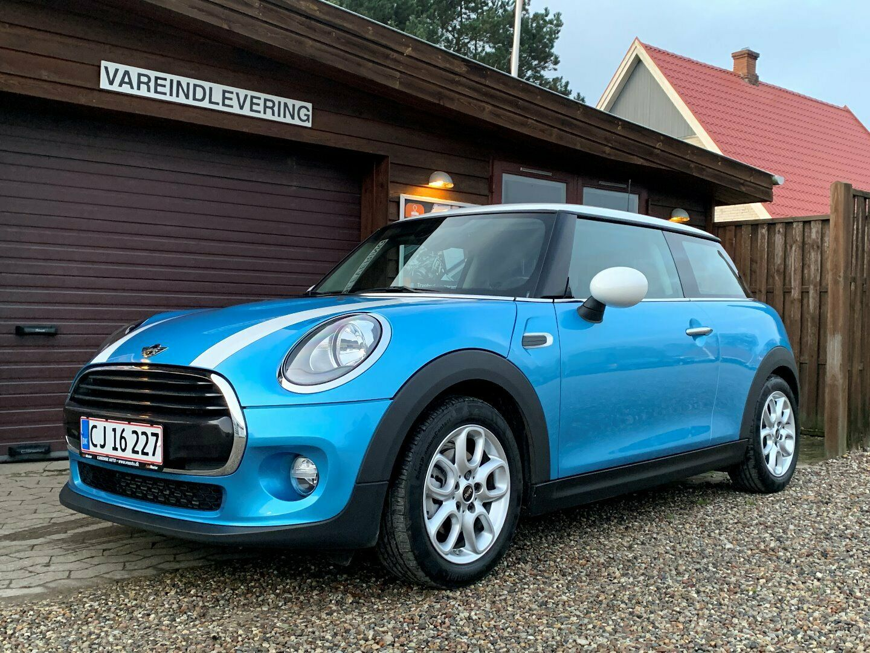 Mini Cooper 1,5 136 Essential Edition 3d - 229.900 kr.