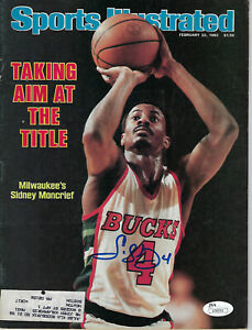 1982-BUCKS-Sidney-Moncrief-signed-Sports-Illustrated-Magazine-JSA-AUTO-Autograph