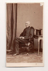 Vintage-CDV-Unknown-Elder-Englishman-Top-Hat-Southwell-Brothers-Photo-London