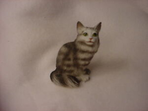 Details about MAINE COON Silver Gray CAT FIGURINE resin HAND PAINTED  MINIATURE Small Mini NEW