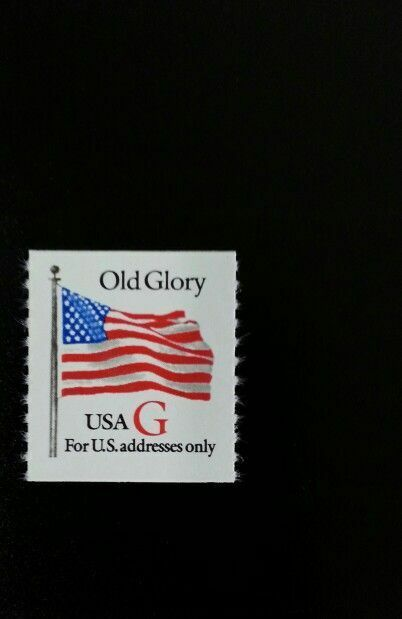 """1994 32c Red """"G"""" Old Glory, Rouletted Coil Scott 2892 M"""
