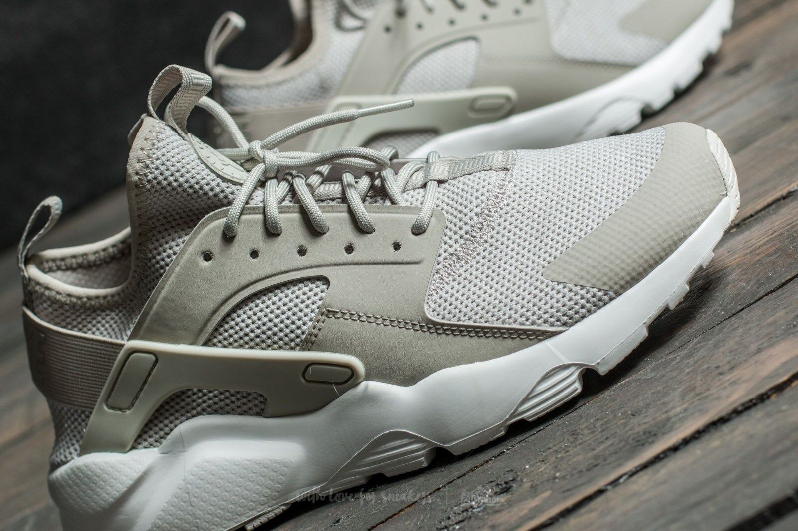 check out 53397 e84b0 NIKE Air Huarache Run Run Run Ultra BR Pale Grey Size 9.5 or 11 Gray dc6fb9