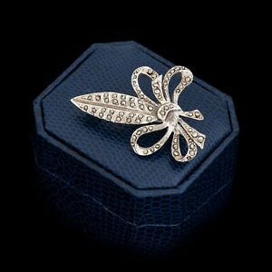 Antique-Vintage-Art-Deco-Retro-White-Metal-English-Feather-Marcasite-Pin-Brooch