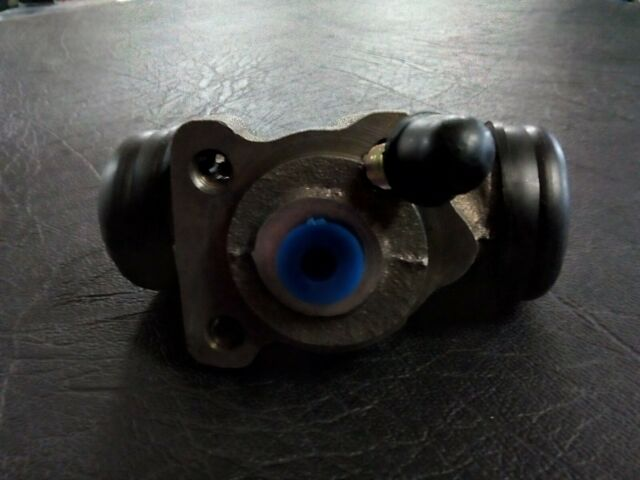 P10338 REAR WHEEL CYLINDER RIGHT SUITS  HOLDEN APOLLO JK JL  CAMRY SV21 SV22
