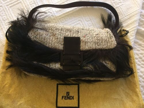 FENDI WOOL BEIGE BROWN TWEED SOFT BAGUETTE BAG FUR