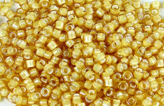 8//0 Jonquil//White Lined  Round Glass TOHO Seed Beads 15 grams #948