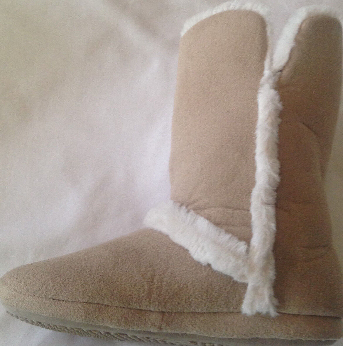 Slippers womens size 5/6M EUR 36-37.5 new tan booties plush lined