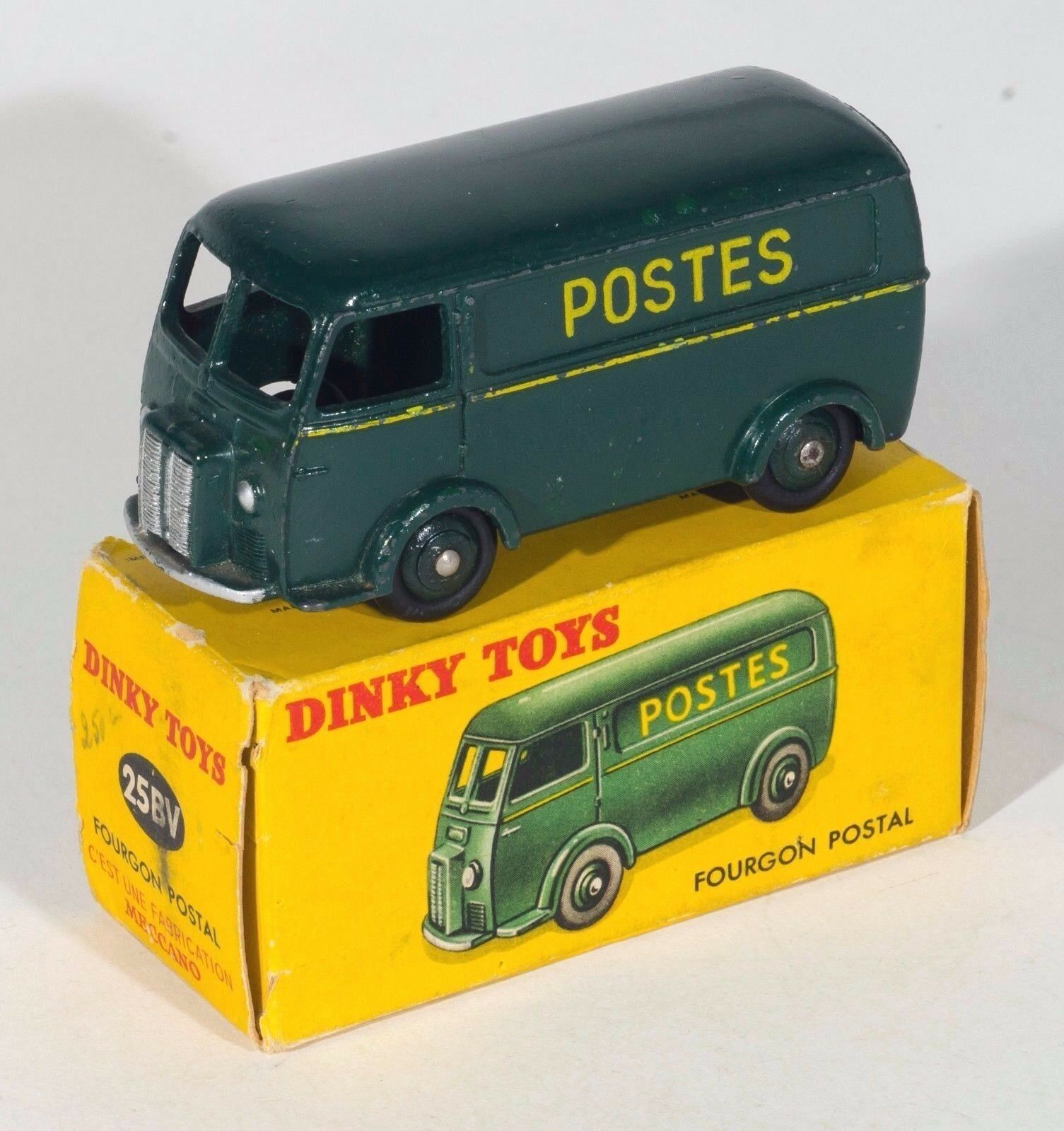 FRENCH Dinky 25BV Fourgon Postal  Peugeot  Post Van.Dark vert. voitureD BOX. 1950's.  magasin d'offre
