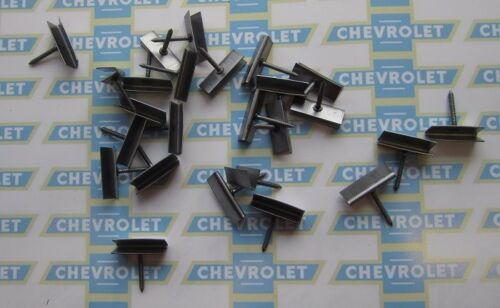1925-1970 Chevrolet /& Truck Interior Door Panel Retainers OEM #4081772 Set//25