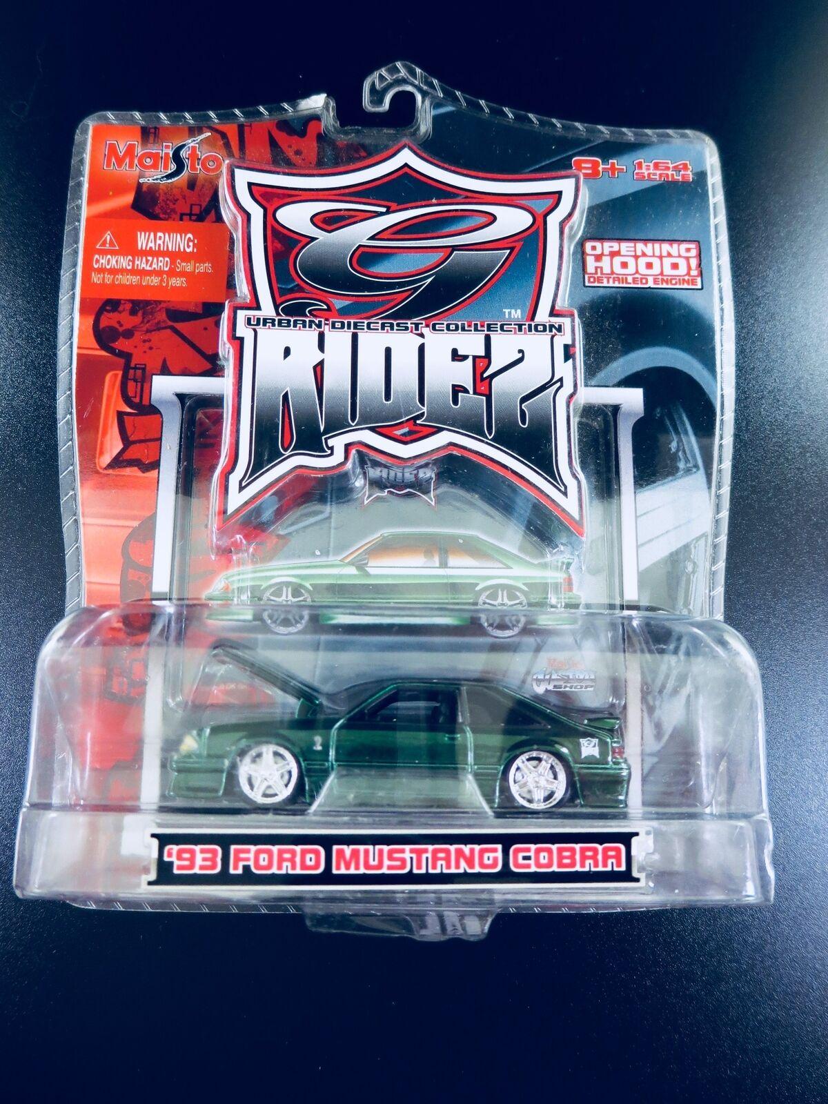 ULTRA-RARE Maisto G Ridez 1993 93 SVT Ford Mustang Cobra RARE Grün 1 64 Scale