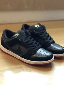 pretty nice 583ab 28f67 Details about NIKE DUNK LOW PREMIUM SB SNAKESKIN 'SNAKE EYES' BLACK/RED,  SIZE 10.5