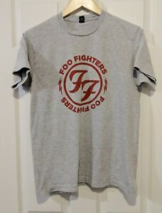 Foo Fighters Gray T Shirt with Red Lettering Size Medium Rock Music Tee
