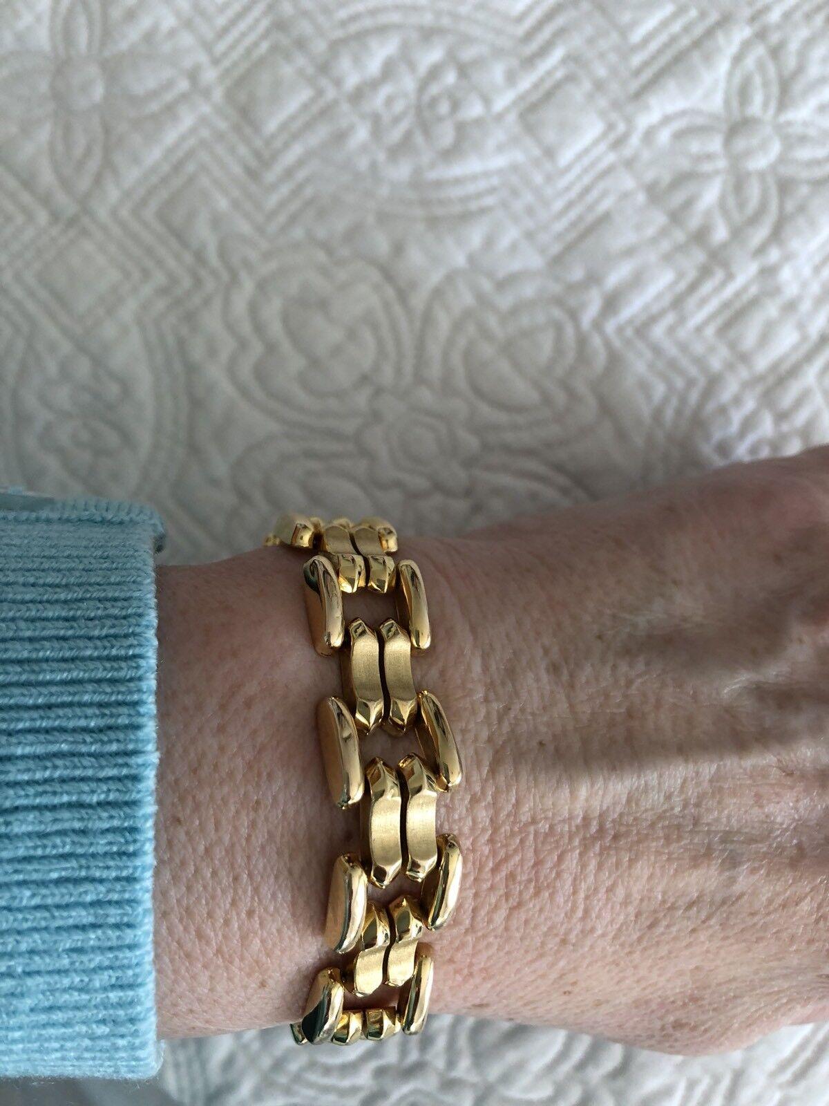 14 KT YELLOW gold BRACELET 21 GRAMS 7.25 Inch ️