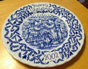 Merry-Christmas-Annual-Royal-Crownford-2002-Plate-Happy-Holiday-You-Blue-White