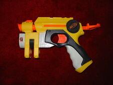 PISTOLA Giocattolo Nerf N-Strike Nite Finder EX-3 28419 giallo NOTTE FINDER