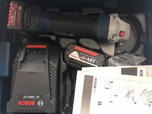 Meuleuse-Sans-Fil-125-mm-Avec-Chargeur-Et-Deux-Batteries-Bosch