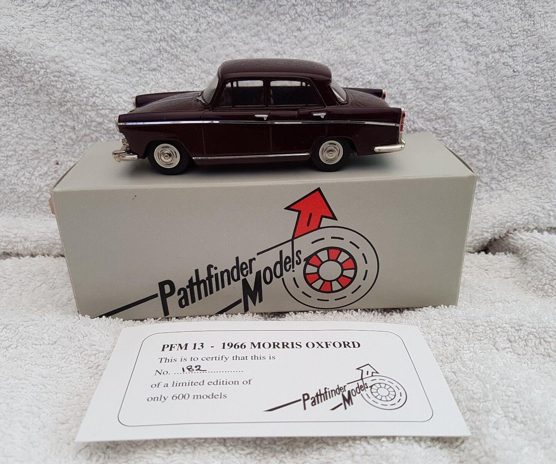 Pathfinder Modelos Escala 1 43 PFM13 - 1966 Morris Oxford 1 de 600 Granate
