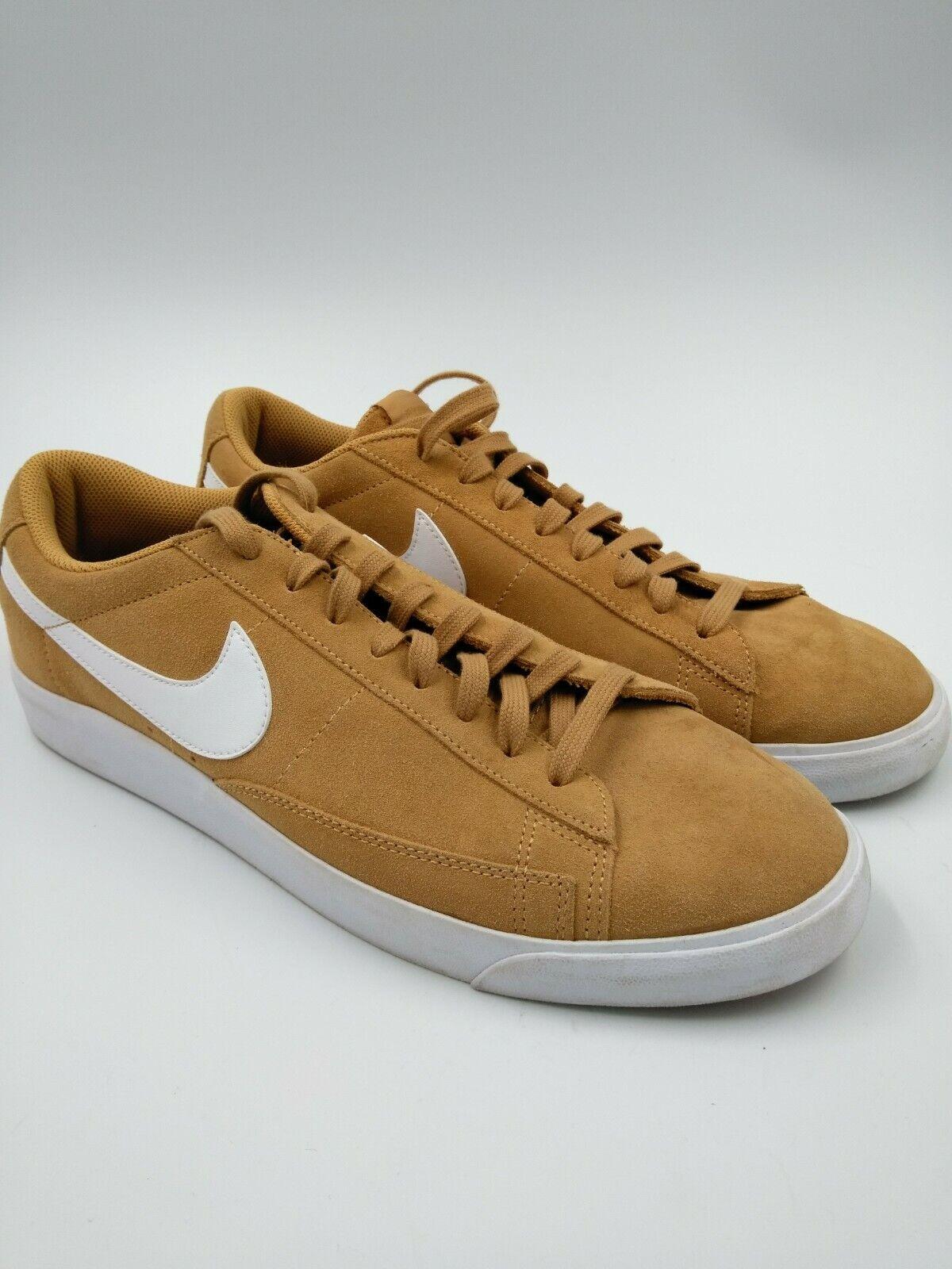 Nike Blazer Low -Top Sneeaker män mäne Sne5533;65533;s Storlek 11.5 11.5 11.5 Elemäntal guld mocka sko  E-handel