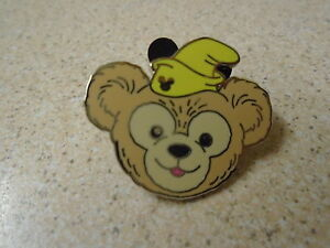 Disney-039-s-Duffy-Bear-Dumbo-Hat-Hidden-Mickey-Pin-Badge