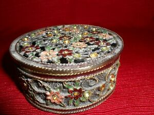 Antique-Round-Metal-Design-Crystal-Rhinestone-Floral-Jewelry-Trinket-Box