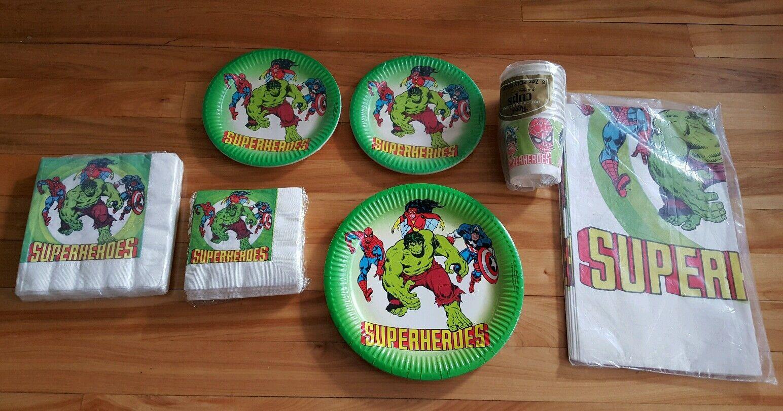 Spiderman,spiderwoman,hulk, captain america 1979 paper dinner party tableware