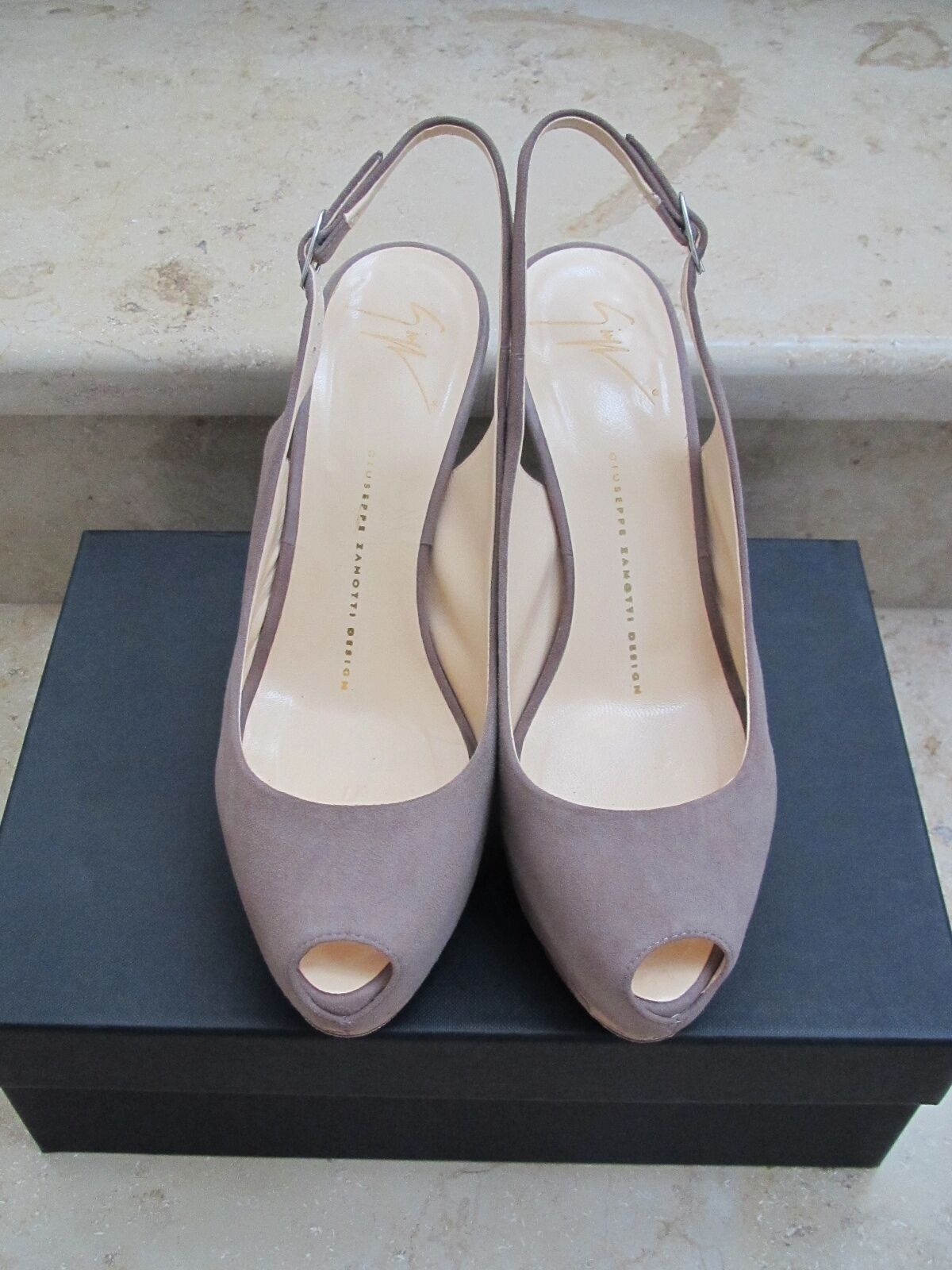 100% Authentic Toe GIUSEPPE ZANOTTI DESIGN Sand Suede Peep Toe Authentic Pumps $619 37 873756