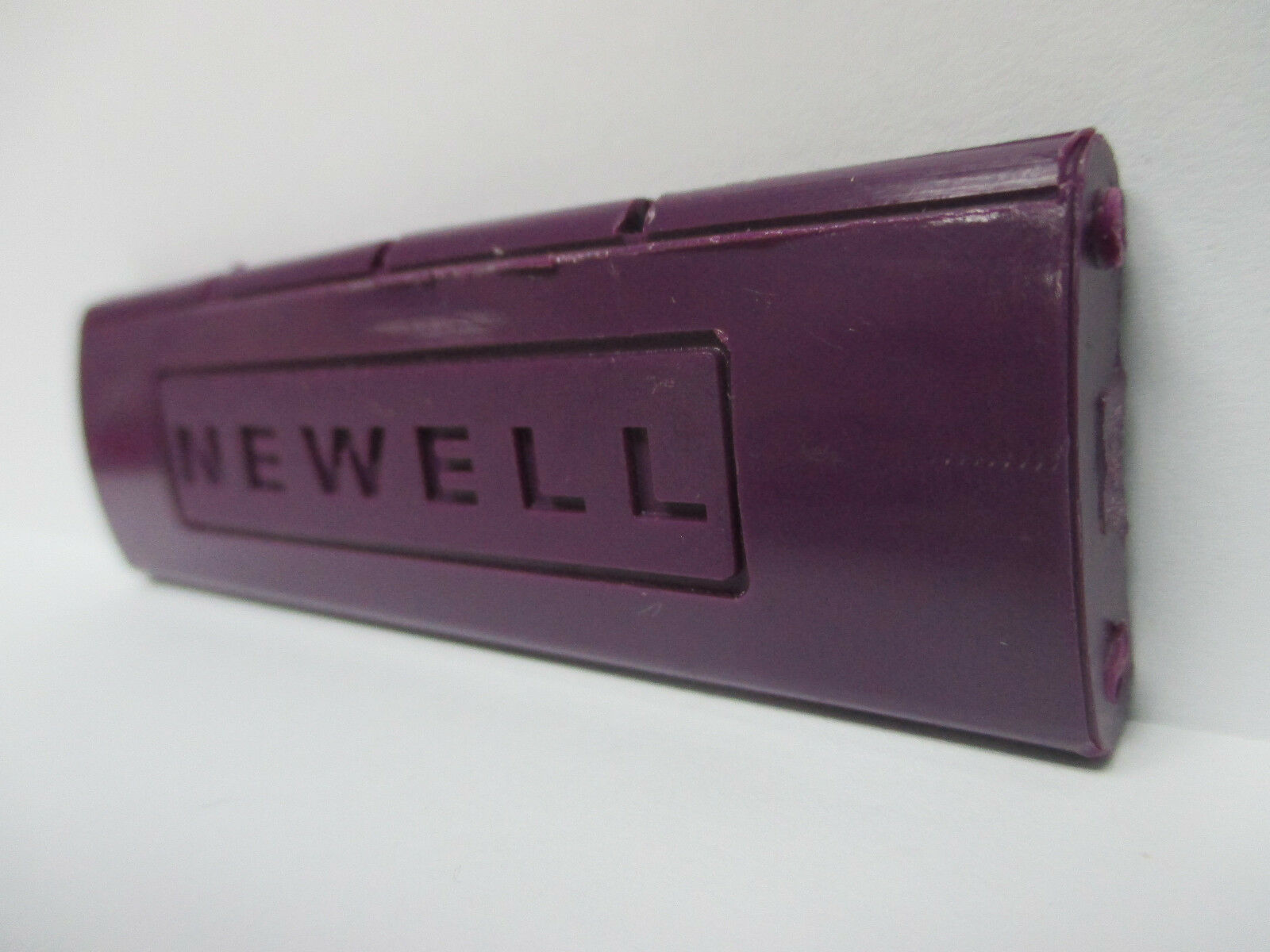 USED NEWELL CONVENTIONAL REEL PART - PR 550 4.6 - Spacer Bar  I Threaded Purple