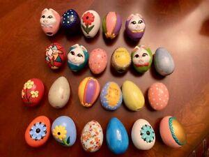 Vtg-Vintage-Ceramic-Easter-Egg-Collection-Lot-of-23-Hand-Painted-Eggs-70-039-s-era