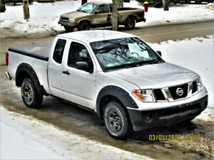 2005 Nissan Frontier xe 5 Speed  4 cylinder 2 wheel drive