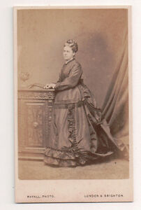 Vintage-CDV-Victorian-Aristcratic-Matron-Mayall-Photo-London