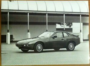 PORSCHE-924-PRESS-PHOTOGRAPH-CIRCA-1984-BLACK-amp-WHITE
