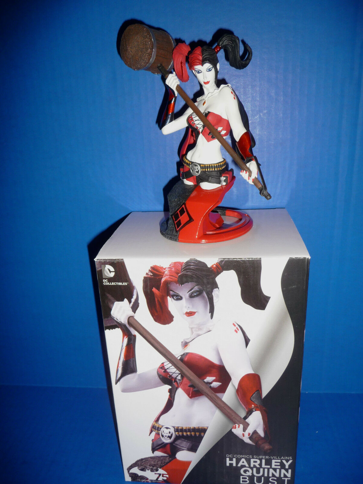 Harley Quinn 2nd Edition Bust New 52 DC Comic NEW