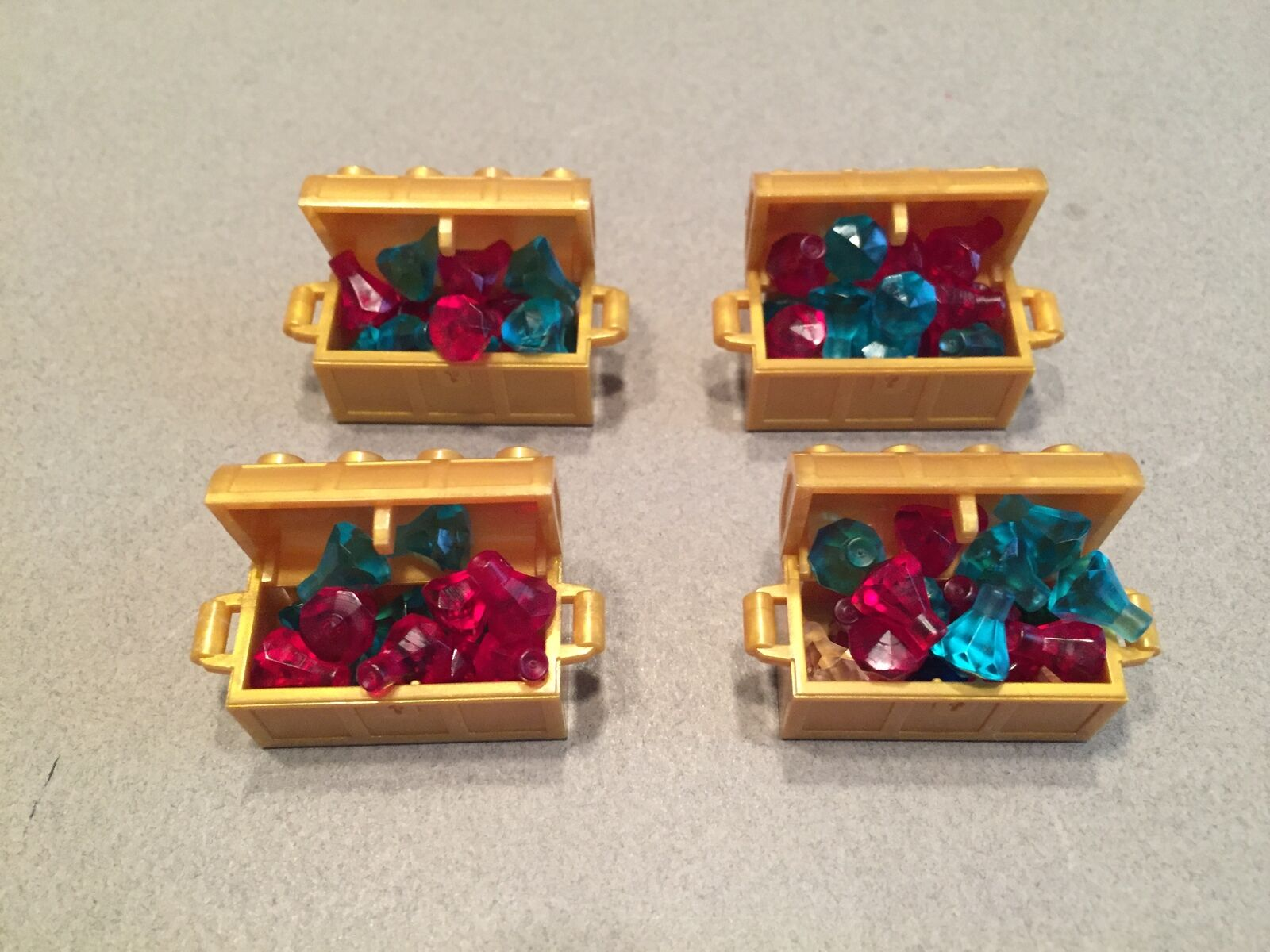 Lego lot of gold treasure chests filled w rubies and