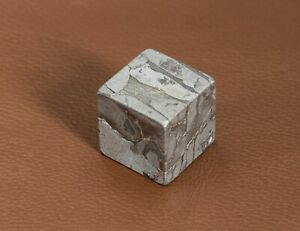 Meteorite-Seymchan-Iron-Meteorite-Cube-Widmanstatten-Pattern-Collection-Unit-15g