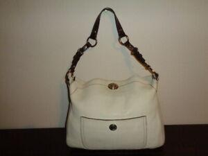 11952ca173 COACH Chelsea Hobo No  C06S-8A39 Cream Pebbled Leather Handbag.