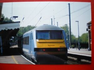 PHOTO  DVT LOCO NO 82143 IN  NATIONAL EXPRESS LIVERY - Tadley, United Kingdom - PHOTO  DVT LOCO NO 82143 IN  NATIONAL EXPRESS LIVERY - Tadley, United Kingdom