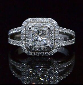 What Does Halo Mean In Engagement Rings