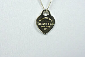 Tiffany-amp-Co-Return-to-Tiffany-Heart-Tag-Sterling-Silver-Pendant-Necklace