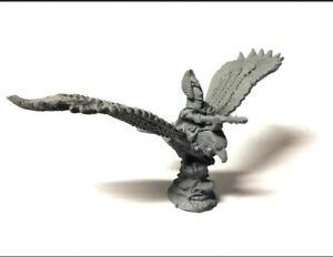 Warmaster-High-Elves-Hero-on-Eagle-10mm