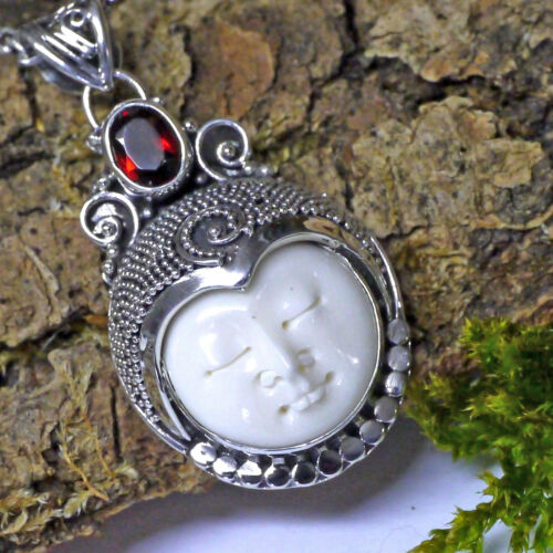 gütige Mondin Dewi Sri Gooddess 925 Silber Granat Handgeschmiedet bone face