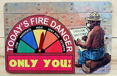 FOREST SERVICE VINTAGE FIRE DANGER WARNING SIGN GAUGE ADJUSTS SMOKEY BEAR U.S