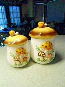 2-Sears-Robuck-amp-Co-1978-Merry-Mushroom-Canisters-Coffee-Tea-Japan